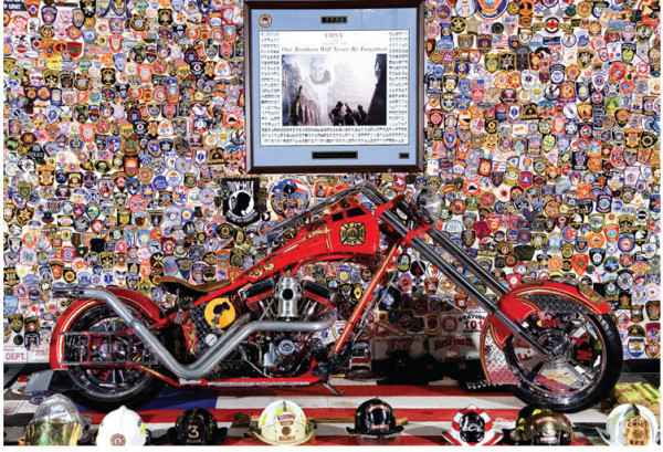 OCC Orange County Choppers Postkarte Firebike